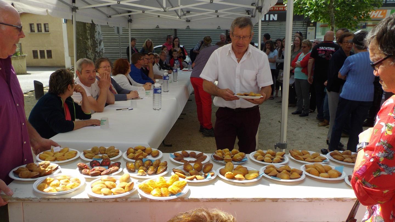 André prépare les assiettes pour le jury