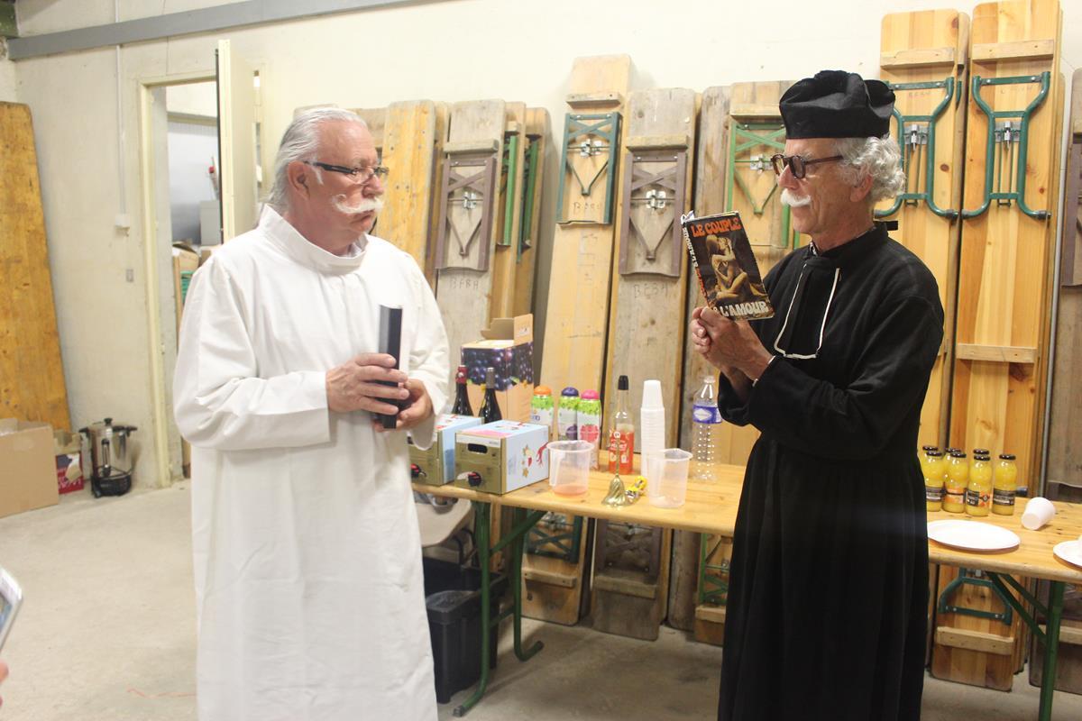 le curé jean-Mi et le diacre Roger