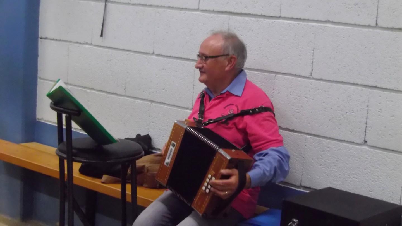 J-Louis à l'accordéon