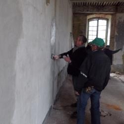 en action, rénovation des murs