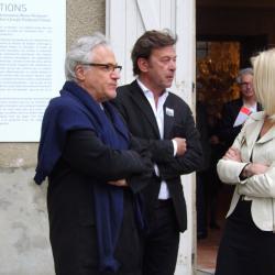 Mme Emmanuelle Anthoine avec les 2 collectionneurs