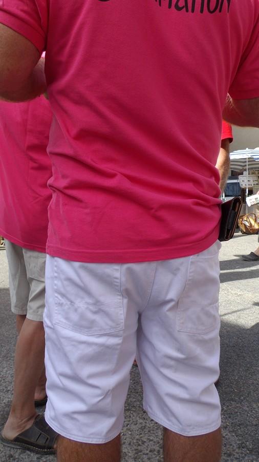 notre grand jeu : à qui appartient ce maillot fushia ? indice...