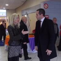 discussion entre élus Mme Emmanuelle Anthoine et M Pierre Jouvet